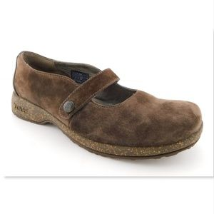TEVA Brown Suede Leather Mary Jane Flats 8